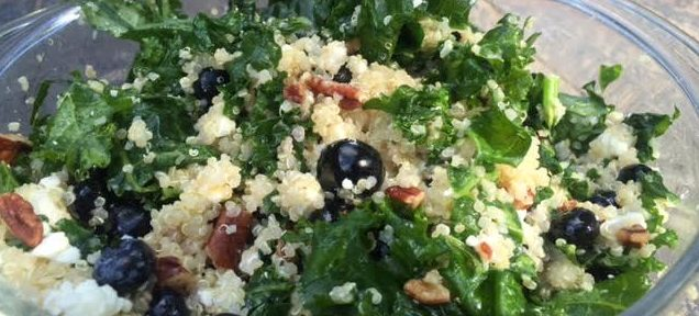 Healthy Summer Salad: Blueberry, Kale and Quinoa
